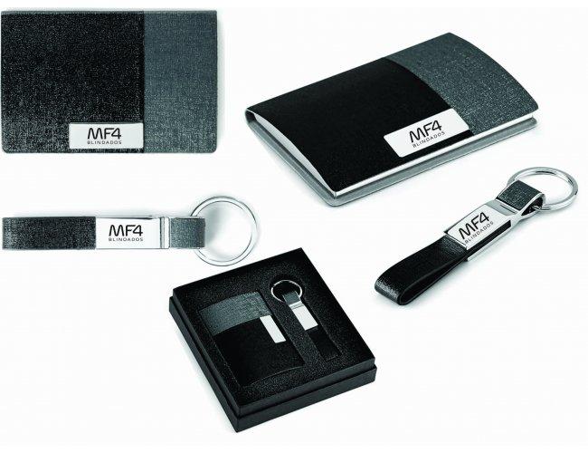 Kit de porta cartões e chaveiro Modelo INF 93314
